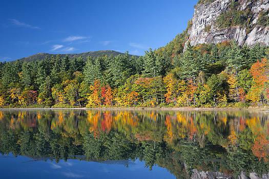 Fall Morning On Echo Lake by Wayne Letsch