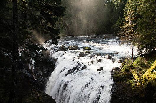 Marilyn Wilson - Waterfall Magic