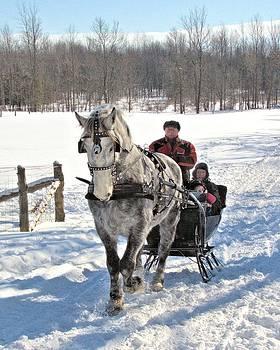 Valerie Kirkwood - Family Sleigh Ride