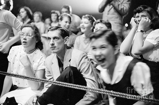 The Harrington Collection - Fans Reacting to Elvis Presley Performing 1956