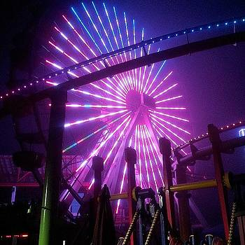 Ferris Wheel at 5am by Brett Dewey