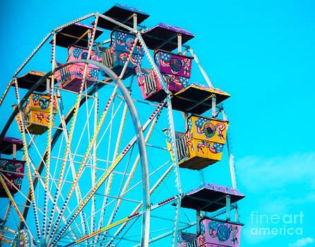 Sonja Quintero - Ferris Wheel Blur
