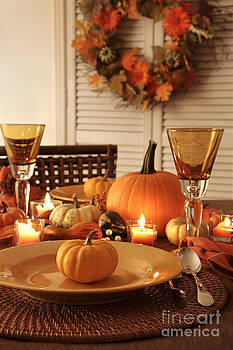 Sandra Cunningham - Festive autumn place settings for Thanksgiving