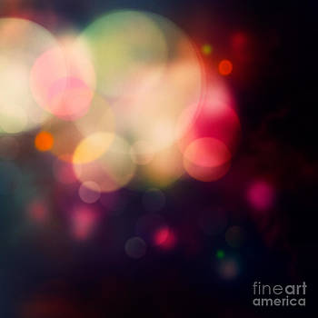 Mythja  Photography - Festive purple background