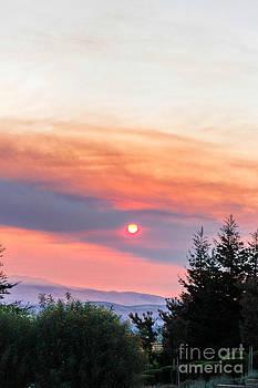 DJ Laughlin - Fiery Sunrise Sky