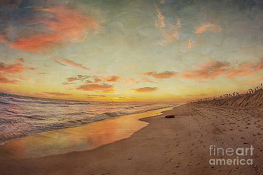 Susan Gary - Fiery Sunset at the Beach