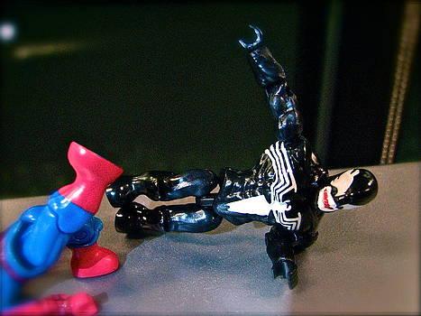 Sandy Tolman - Figures at Work - Spiderman and Venom 3446