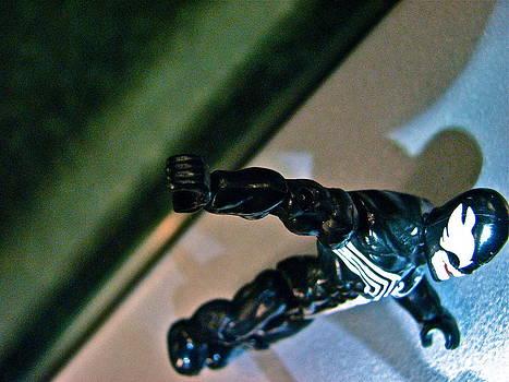 Sandy Tolman - Figures at Work - Venom 3501