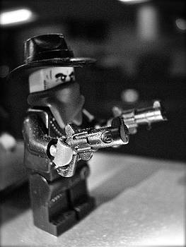 Sandy Tolman - Figures at Work - Gunslinger 3314 - BW