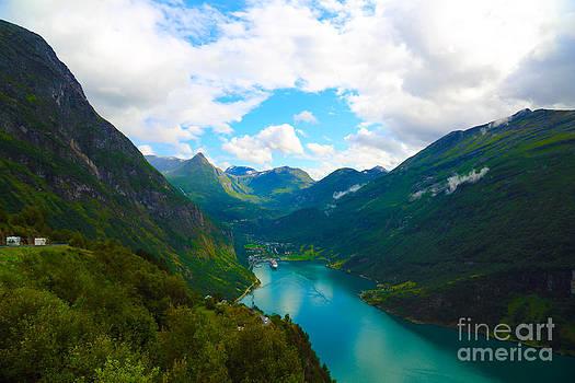 Fijord by Dan Hilsenrath