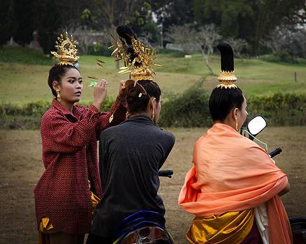 Final Touches Chiang Rai Fair by Duane Bigsby