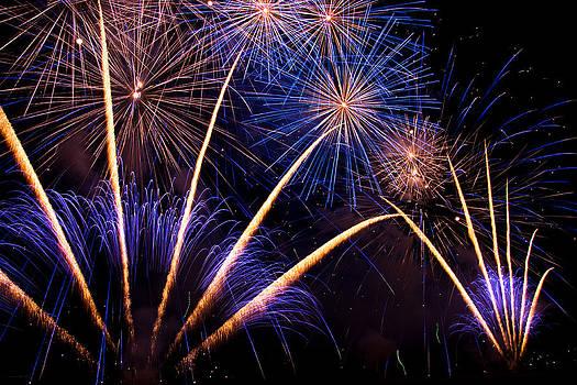 Fireworks by Mattia Oselladore