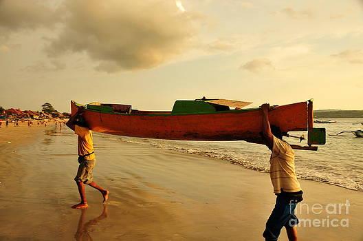 Fisherman by Wayan Suantara