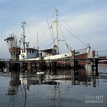 Heiko Koehrer-Wagner - Fishing Boat Wogram