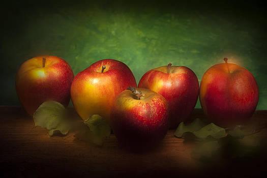 Five Apples by Martin Joyful