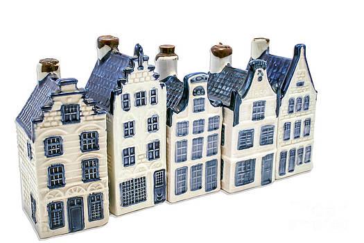 Patricia Hofmeester - Five delft blue houses