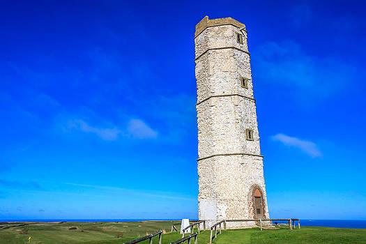 Flamborough Old Lighthouse by Susan Leonard