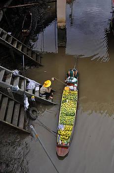 Floating Market Fruit boat by Duane Bigsby