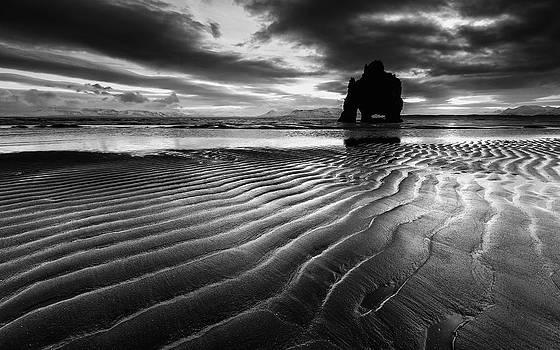Follow the lines... by Arnar B Gudjonsson