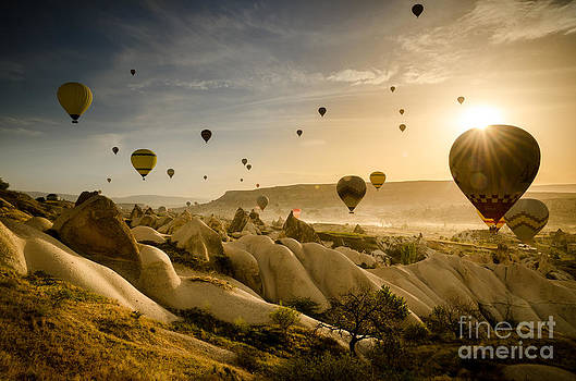 Follow the wind - Cappadocia Turkey by OUAP Photography