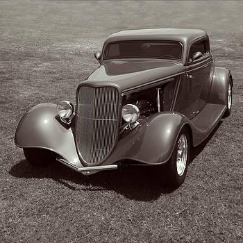 Nina Fosdick - Ford Coupe 1934 street rod