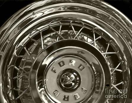 Leslie Cruz - Ford Tire Detail 2