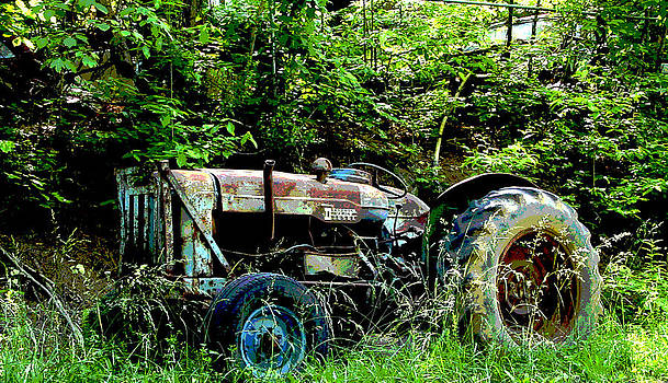Fordson Major Diesel by Robert J Andler