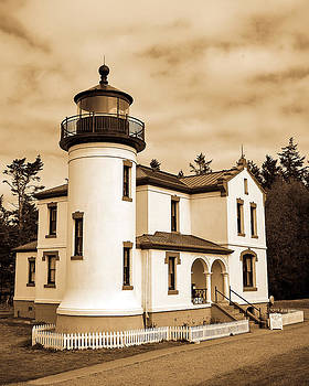Fort Casey Lighthouse by Michele Wright