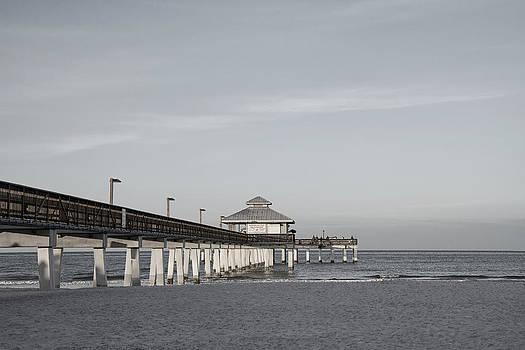 Kim Hojnacki - Fort Myers Beach Pier - Black and White