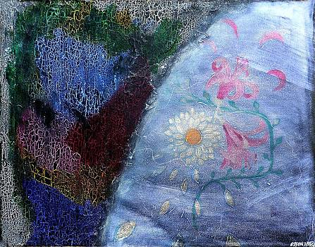 Genevieve Esson - Found Fresco Flowers