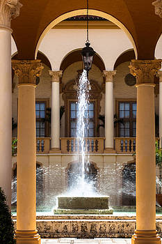 Fountain at the Biltmore by Ed Gleichman
