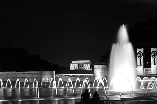 Fountain in DC by Lamyl Hammoudi