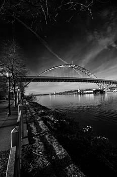 Fremont Bridge Portland Oregon by Gary Silverstein