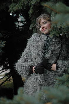 Frosty Lady Wolf by Tatyana Primak