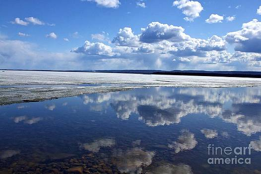 Alanna DPhoto - Frozen Lake