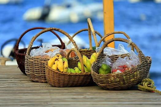 Fruit Basket by Mina Isaac