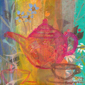 Fuchsia Tea Pot by Robin Maria Pedrero