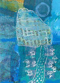 Full moon by Catherine Redmayne