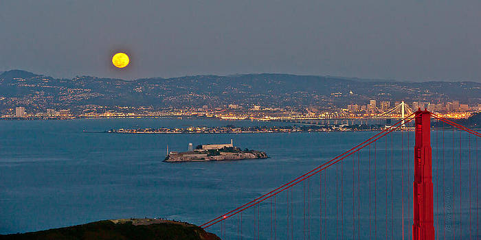 Full Moon over San Francisco by Jorge Guerzon
