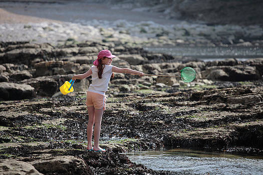 Fun in the rockpools by Paul Indigo