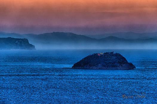 Enrico Pelos - GALLINARA ISLAND SUNSET HOUR