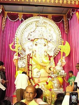 Ganesh Festival by Makarand Kapare