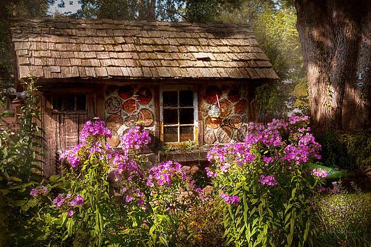 Mike Savad - Garden - Belvidere NJ - My little cottage