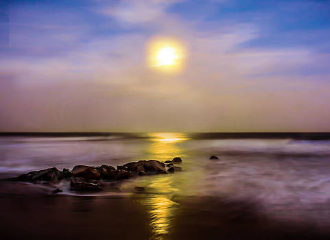 Terry Shoemaker - Moon over Garden City Beach
