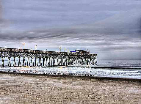 Terry Shoemaker - Garden City Pier HDR