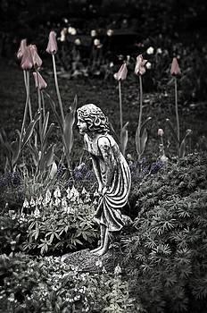 Garden Girl by Cheryl Cencich