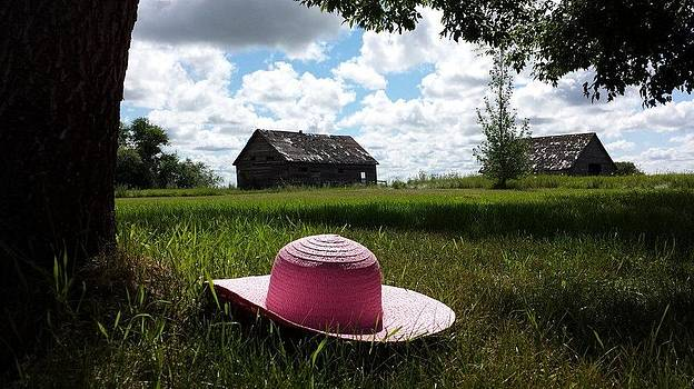 Garden Hat by Anne Peters