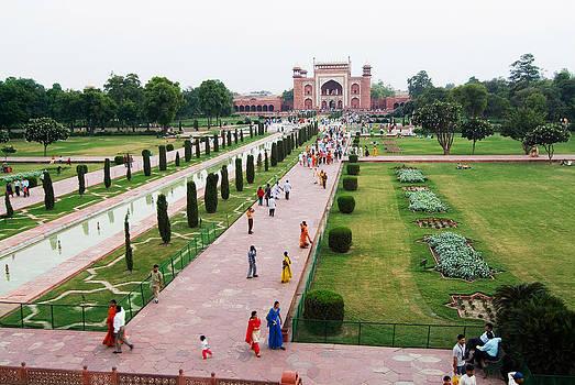 Devinder Sangha - Garden of Taj Mahal