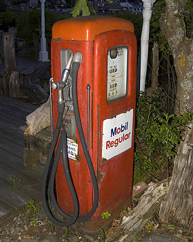 Gas Pump By Gone Era by Dave Saltonstall
