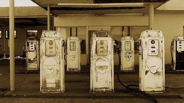 Gas Station by Peter Kotzbach